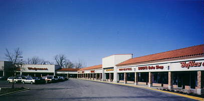 Picture of Lynn Plaza